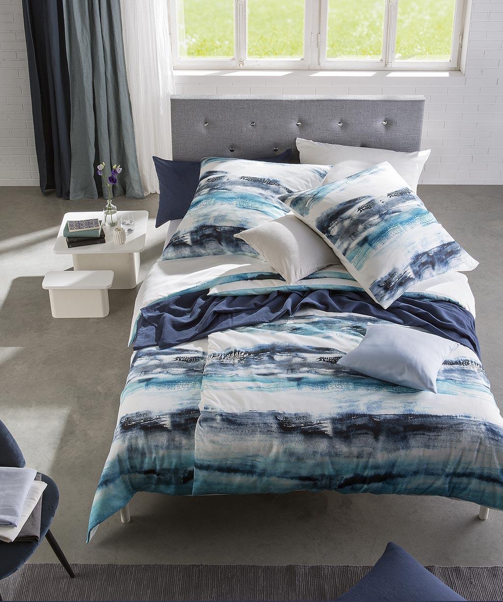 Gestreifte Wendebettwäsche in wunderbaren Blautönen