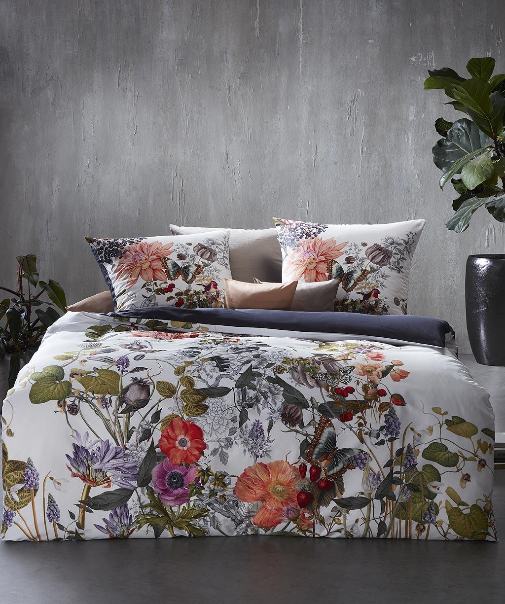 Kunstvolle Blumenbettwäsche aus feinem Mako Satin - Digitaldruck