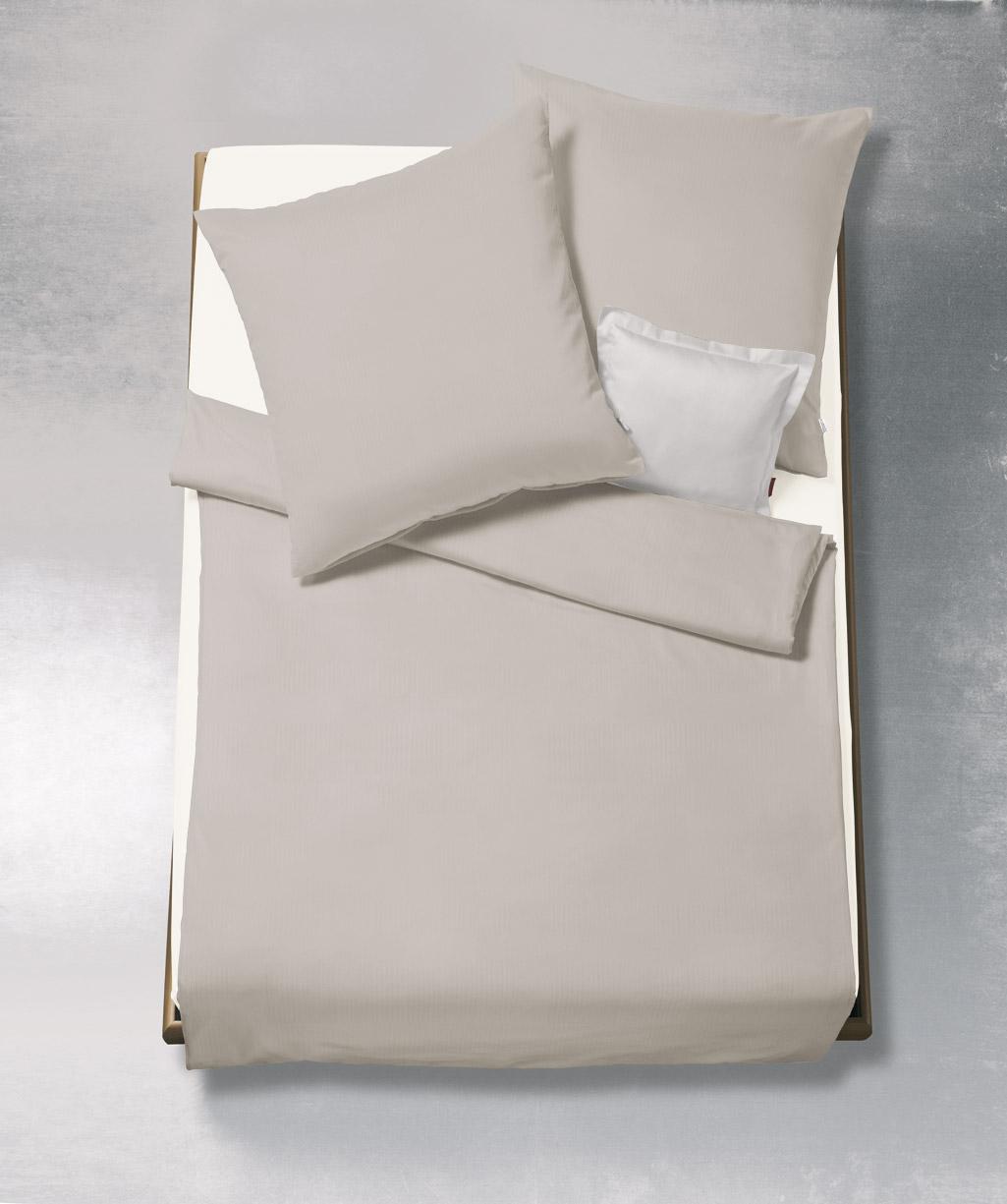 Kissenhülle aus bügelfreiem Interlock-Jersey mit Fischgrat Design