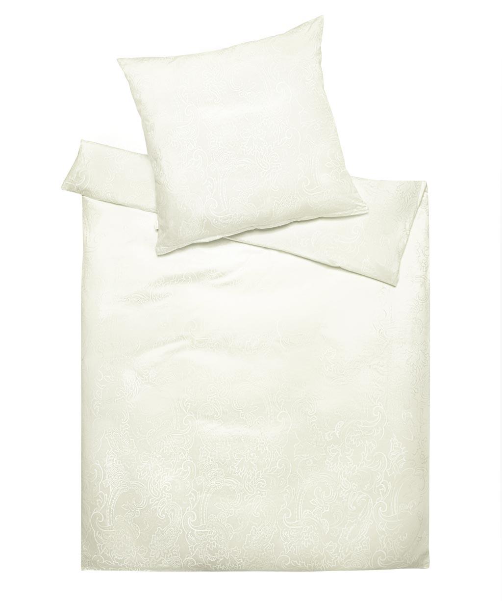 Edle Damastbettwäsche mit Ornamenten in Weiß