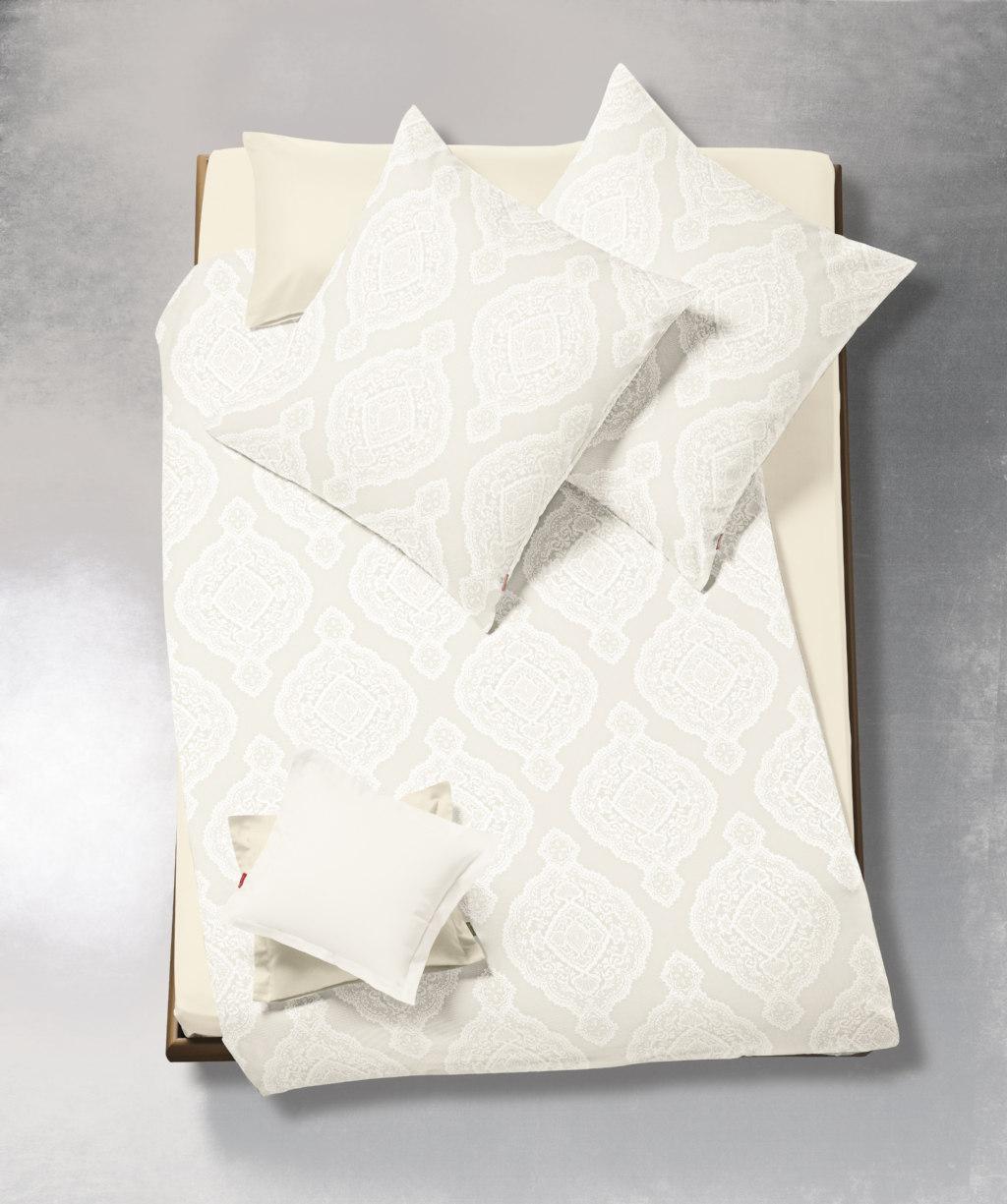 Elegante Damast-Bettwäsche mit Ornamenten