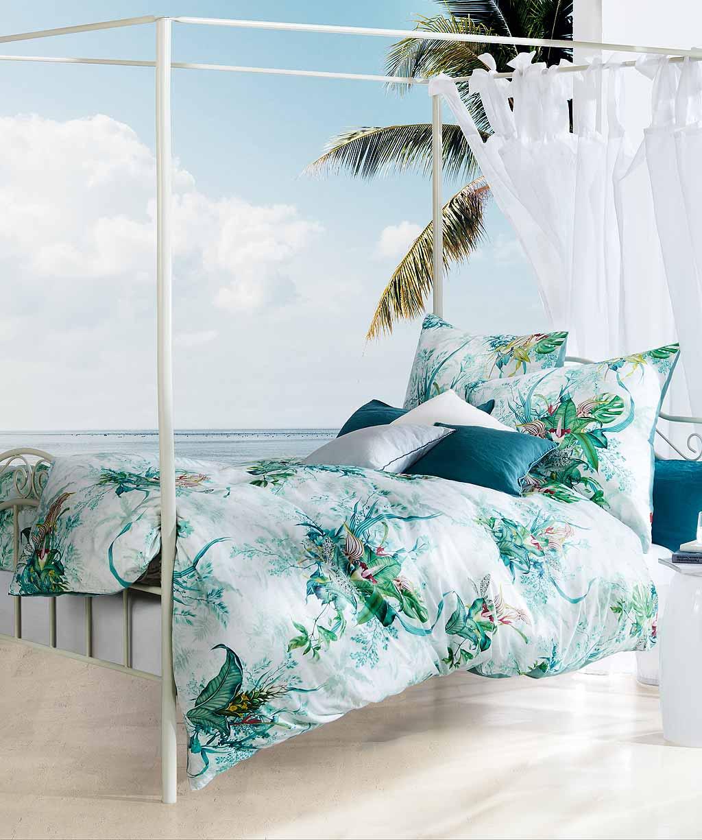 Mako Satin Bettwäsche mit floralem Muster in Grün - Digitaldruck