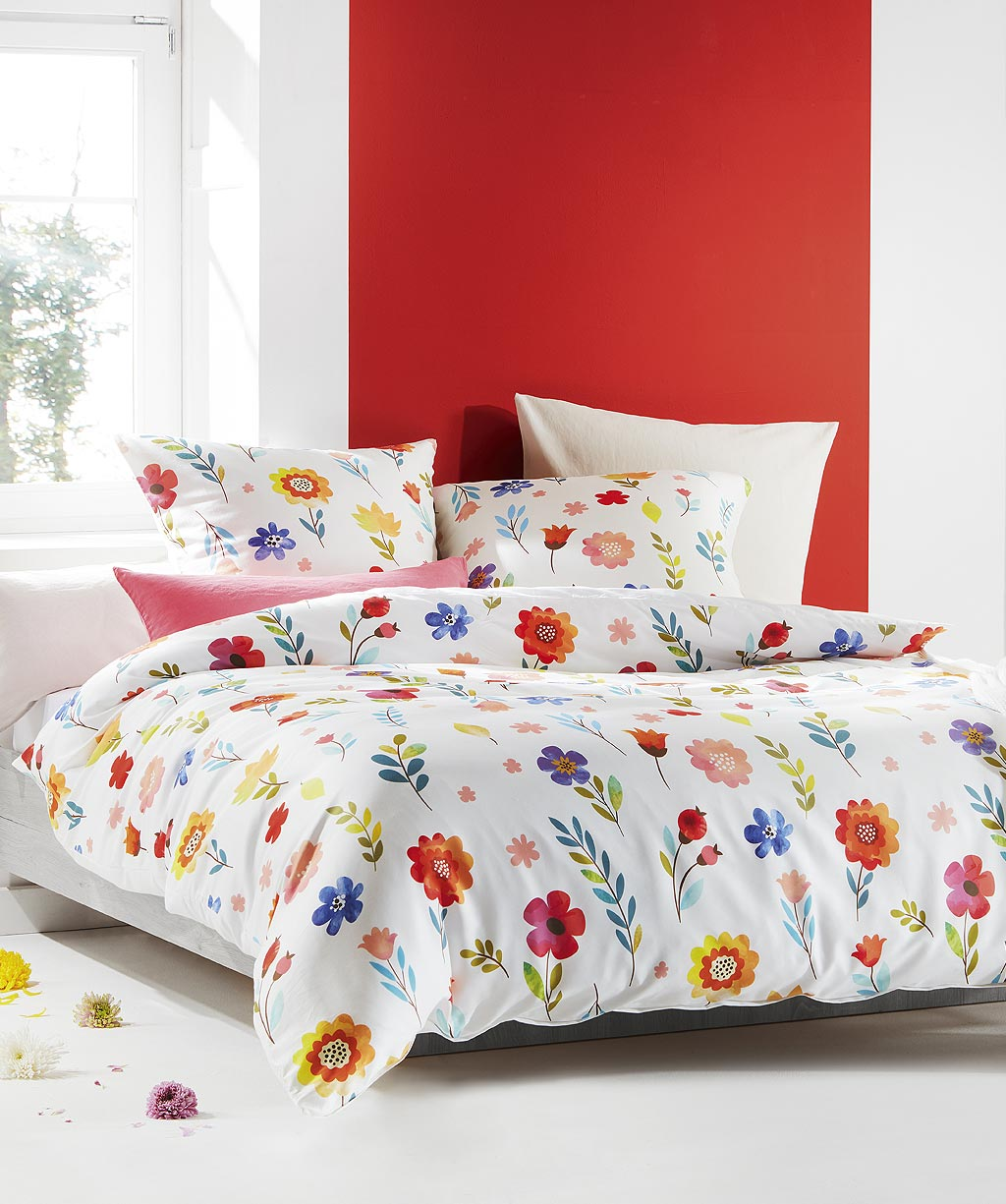 Hochwertige Mako Satin Bettwäsche mit Retro Blumen Muster