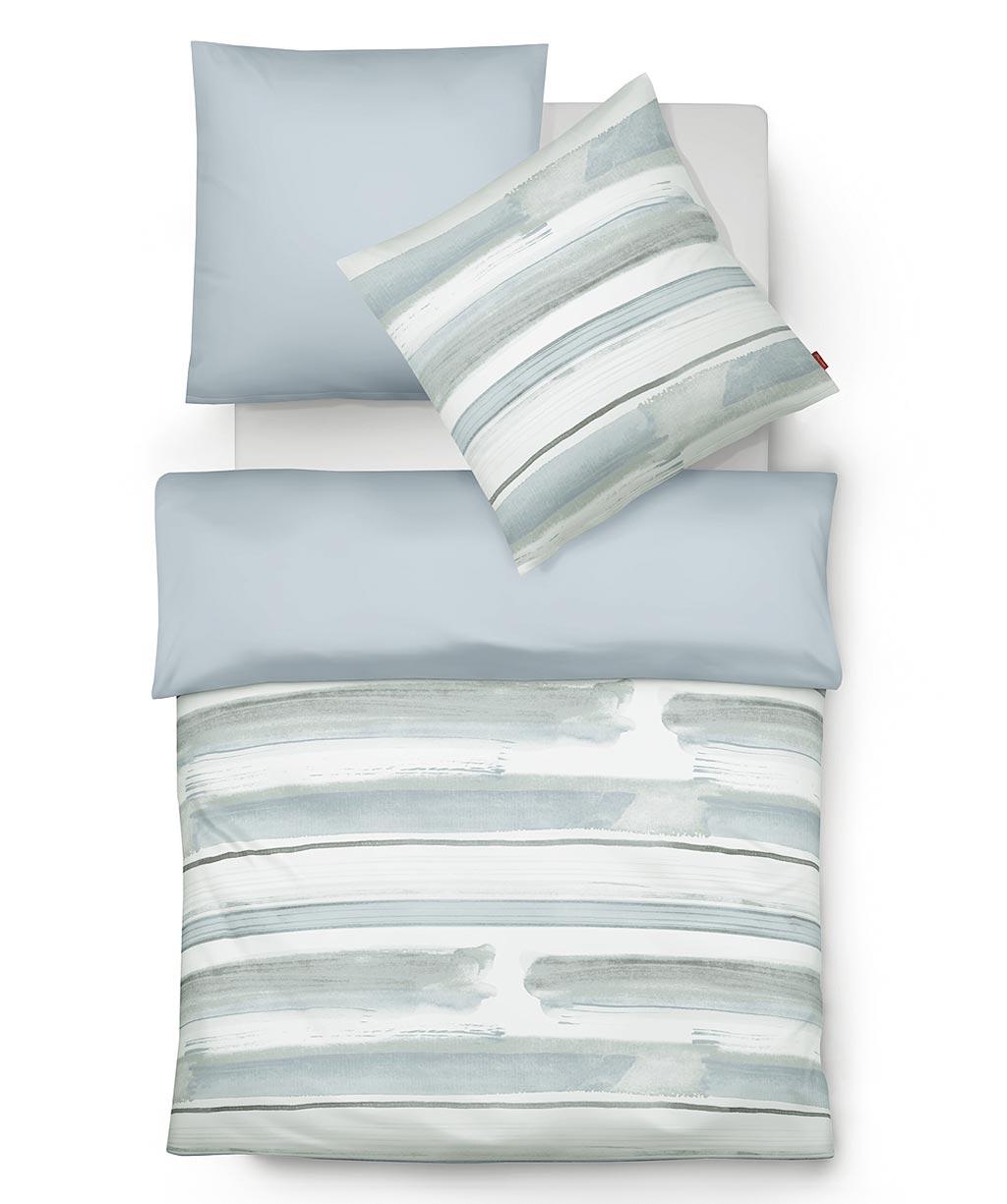 Blau-weiß gestreifte Wendebettwäsche aus feinem Mako Satin